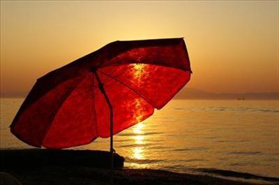 tramonto ombrellone.jpg
